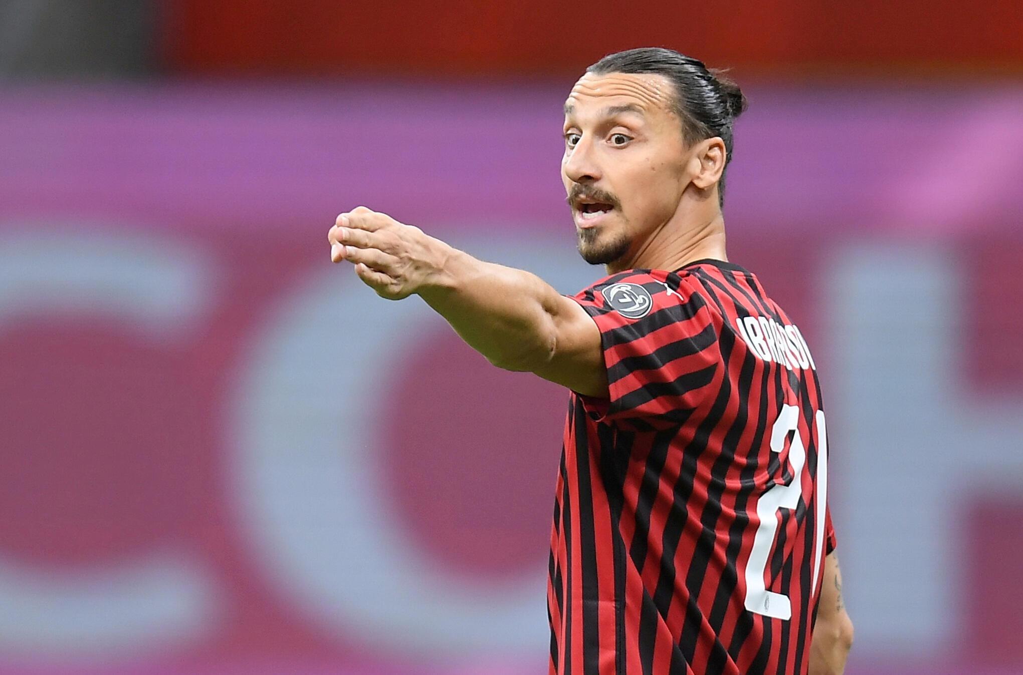L'AC Milan a officialisé la prolongation d'un an du contrat de Zlatan Ibrahimovic, le 31 août 2020.