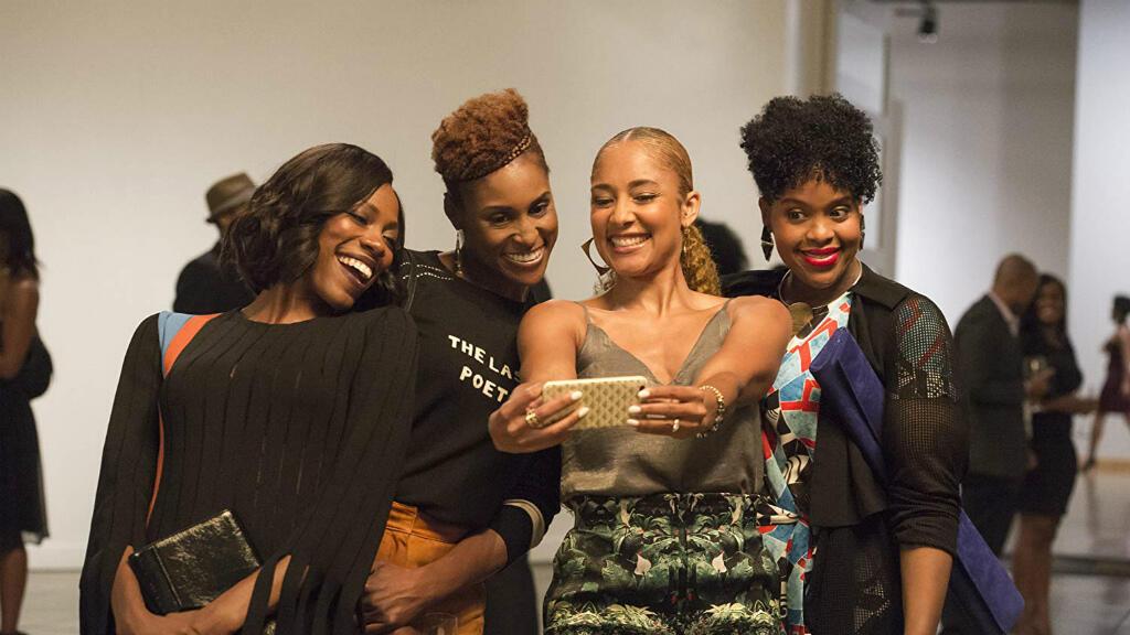 "Amanda Seales, Yvonne Orji, Issa Rae et Natasha Rothwell dans la série ""Insecure""."