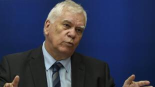Le procureur général de Dijon, Jean-Jacques Bosc, le jeudi 15 juin lors d'une conférence de presse sur l'affaire Grégory.