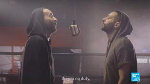 El rapero Tamer Nafar en el video de su último single, 'Tamer debe votar'.