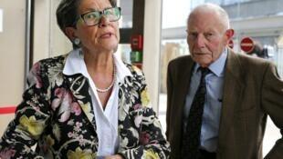 Viviane et Pierre Lambert, parents de Vincent, à la sortie de la cour d'appel de Reims, le 9 juin 2016.