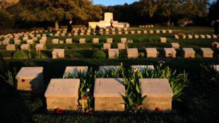 Le cimetière turc de Gallipoli à Canakkale, le 23 avril 2015, où sont enterrés les soldats morts durant la bataille des Dardanelles.