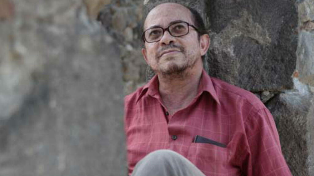 Confiant, nacido en Martinica, es uno de los mayores representantes y defensores de la narrativa creole.