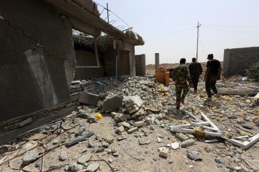 الجيش العراقي في منطقة بين السجر والفلوجة في 28 أيار/مايو 2016