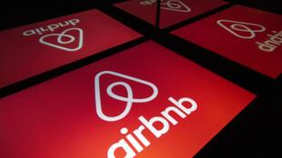 Airbnb, qui subit aussi le contrecoup de la crise sanitaire, pourrait voir validée par la justice européenne la réglementation que lui impose la Ville de Paris