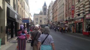 À Saint-Denis, une balade hors des sentiers battus du tourisme.