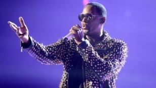 R. Kelly a Los Angeles le 30 juin 2013