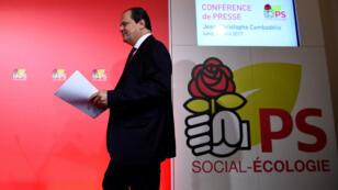 Le Premier secrétaire du PS, Jean-Christophe Cambadélis, devant la presse, lundi 24 avril.