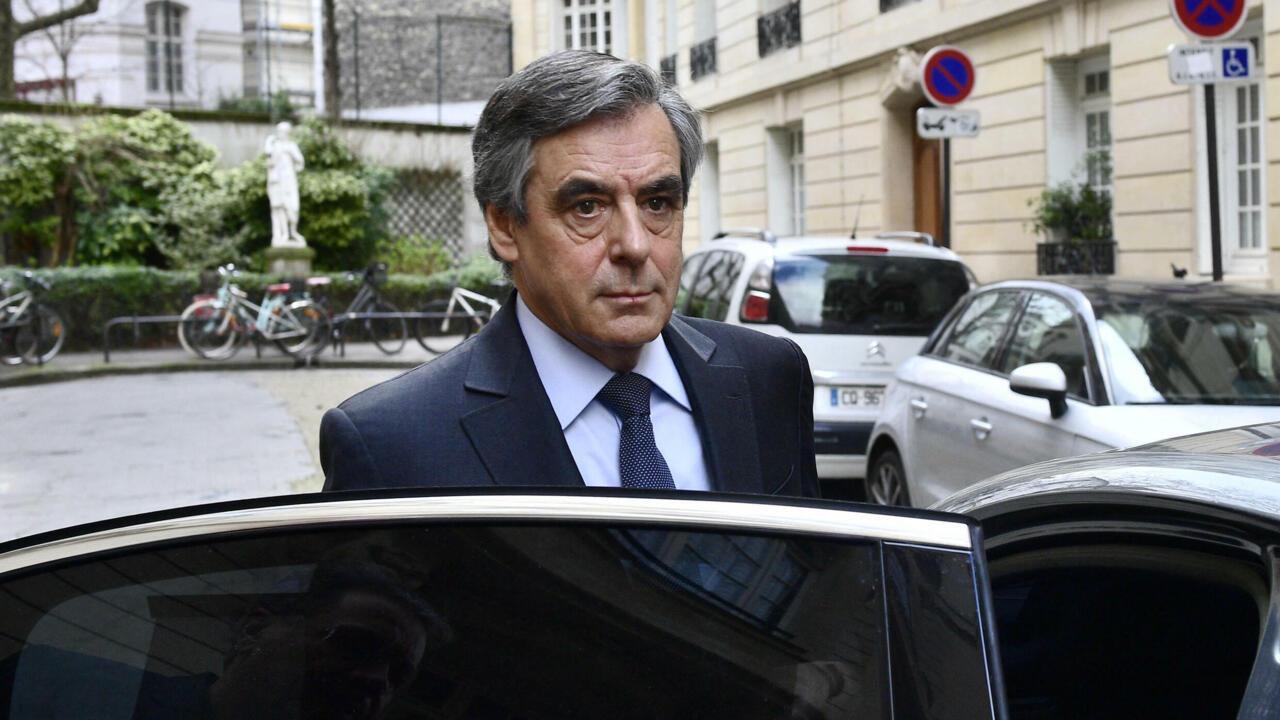 تعيين رئيس الوزراء الفرنسي الأسبق فرانسوا فيون في مجلس إدارة مجموعة روسية نفطية عامة