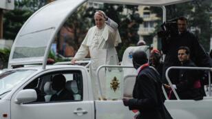 Le pape François à son arrivée au Kenya le 26 novembre 2015.