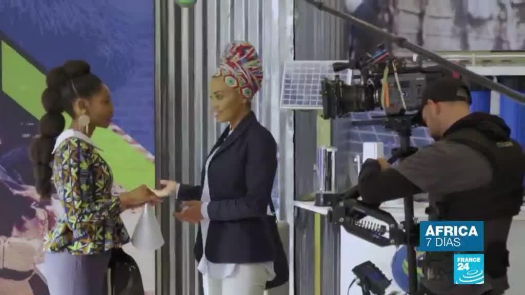 África 7 Días Queen Sono
