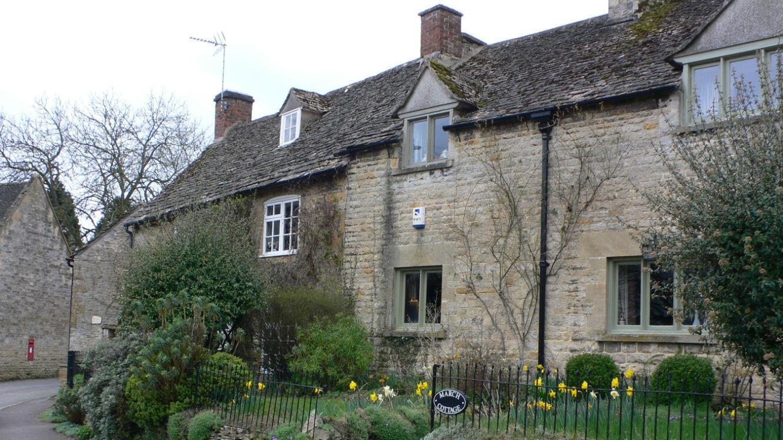 La façade d'une maison photographiée à Bendington, au Royaume-Uni.