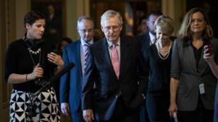 Le chef de la majorité républicaine au Sénat Mitch McConnell au Capitol Hill de Washington DC, le 4 octobre 2018.