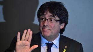 L'ancien président catalan Carles Puigdemont le 7 avril à Berlin lors d'une conférence de presse.