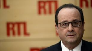 """François Hollande a jugé sur RTL qu'""""on pouvait éviter les licenciements"""" à Air France"""