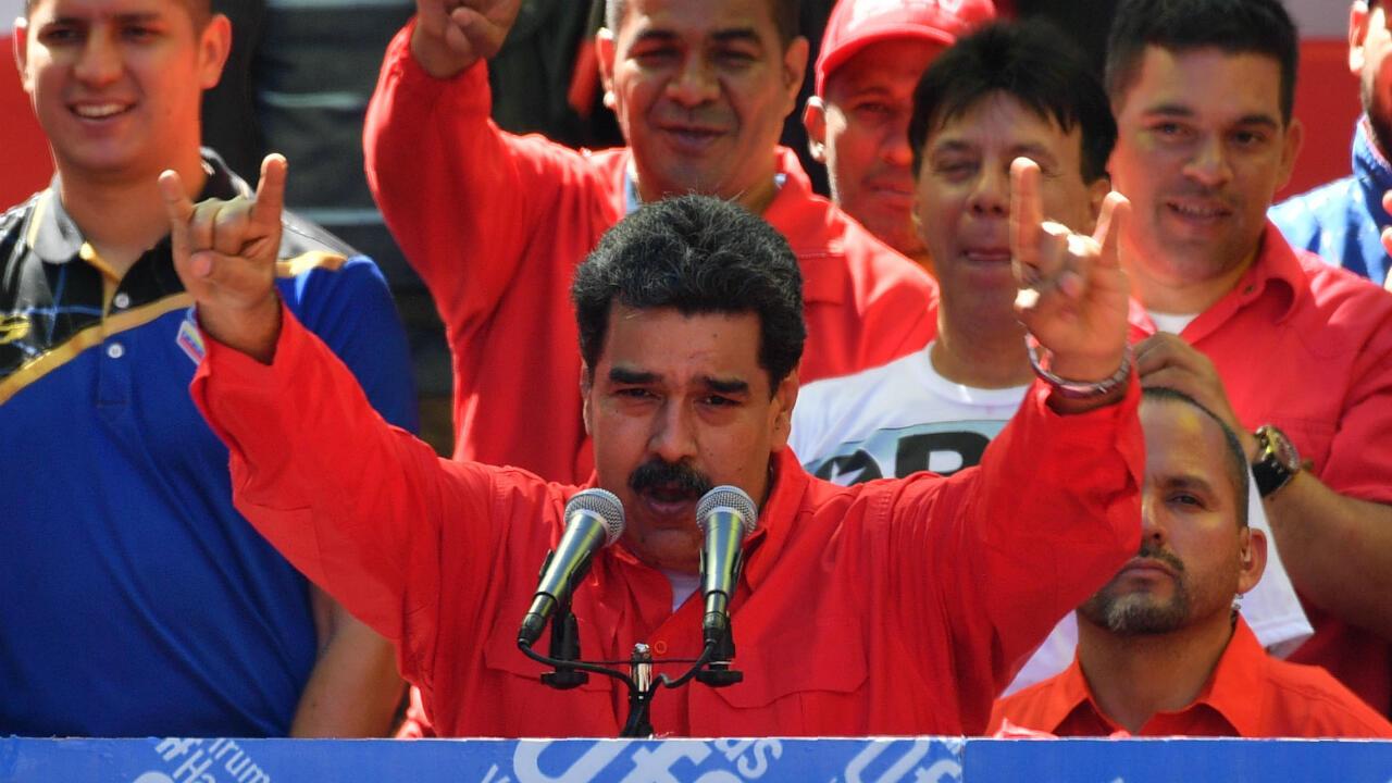 El presidente venezolano, Nicolás Maduro, habla durante una marcha oficial del Gobierno en Caracas, Venezuela, el 23 de febrero de 2019.