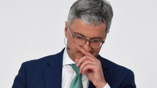 Rupert Stadler, alors PDG d'Audi, pendant une conférence de presse à Ingolstadt, en Allemagne, le 15 mars 2018