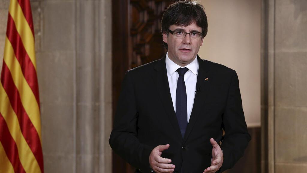 Fotografía facilitada por la Generalitat, de su president Carles Puigdemont, durante la declaración institucional.