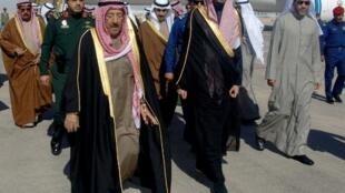 أمير الكويت الشيخ صباح الأحمد الجابر الصباح لدى وصوله الرياض لحضور جنازة الملك عبد الله