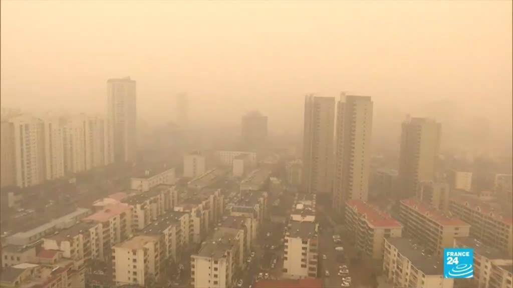 2021-03-15 18:23 Tempête de sable et pollution : cocktail suffocant à Pékin