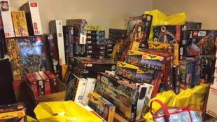 La police de Portland est formelle : l'homme avait recelé suffisamment de Lego pour remplir l'allée de son garage.