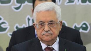 - رئيس السلطة الوطنية الفلسطينية محمود عباس