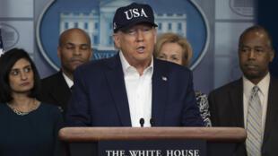Le président américain, Donald Trump, en conférence de presse après avoir été testé négatif au coronavirus, le 14 mars 2020 à Washington.