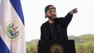 El presidente salvadoreño, Nayib Bukele, el 18 de julio de 2020 en San Nicolás Lempa, El Salvador