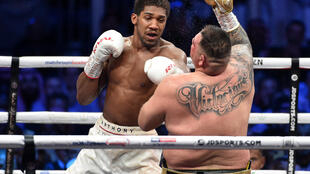 Anthony Joshua's promoter wants to stage his next fight in front of fans