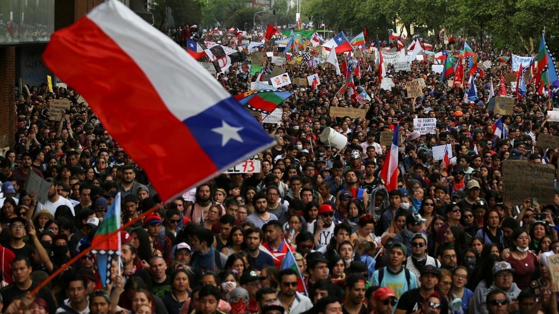 Картинки по запросу protests in chile