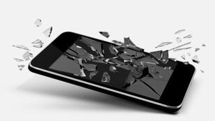 Le logiciel espion Pegasus exploite trois failles de sécurité jusqu'alors inconnues de l'iPhone.