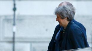 La primera ministra de Reino Unido, Theresa May, pidió el 22 de octubre mayor respaldo de los legisladores en las etapas finales de las conversaciones.