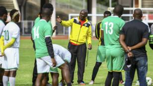 En conflit avec sa Fédération, la sélection nationale du Zimbabwe a refusé d'embarquer.