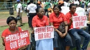 Des femmes ont manifesté à Lagos le 7 mars pour réclamer la libération des lycéennes de Chibok.