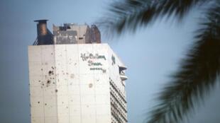 L'hôtel Holiday Inn, vestige de la guerre, à Beyrouth au Liban.