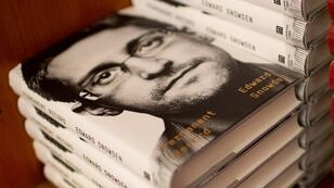 Varias copias del libro recientemente publicado por Edward Snowden sobre un estante de la Harvard Book Store en Cambridge, Massachusetts, Estados Unidos, el 17 de septiembre de 2019.