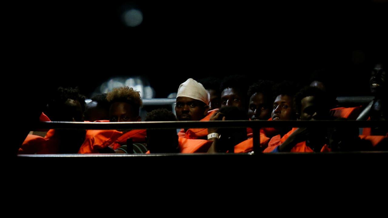 Un grupo de migrantes rescatados por el barco alemán Alan Kurdi desembarcan en Malta el pasado 7 de julio de 2019