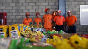 La ayuda humanitaria para Venezuela se ve en un almacén cerca del puente transfronterizo Tienditas entre Colombia y Venezuela en Cucuta, Colombia, este 8 de febrero de 2019.