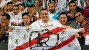 جمهور الزمالك المصري في العين بدولة الإمارات في 15 أكتوبر 2015