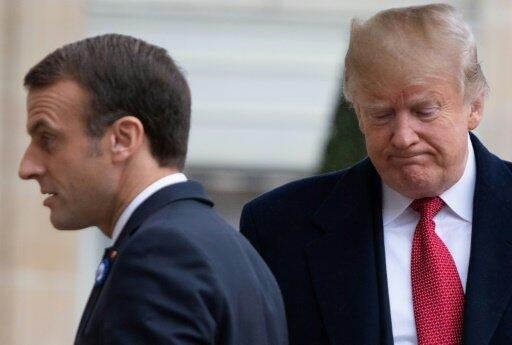 الرئيس الأمريكي دونالد ترامب (يمين) مع الرئيس الفرنسي إيمانويل ماكرون قبل لقائها في قصر الإليزيه في باريس في 10 تشرين الثاني/نوفمبر.