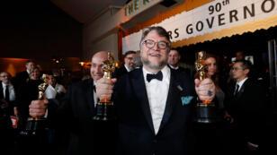 Guillermo del Toro ganó el premio a mejor director y su película 'La forma del agua' se llevó el premio más importante de la anoche: mejor película.