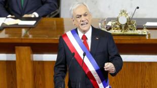 El presidente de Chile, Sebastián Piñera, pronuncia su discurso anual en el edificio del Congreso Nacional en Valparaíso, Chile, el 1 de junio de 2019.