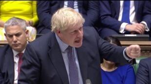 Boris Johnson comparece ante el Parlamento británico durante el día de votación del Brexit, el sábado 19 de octubre.