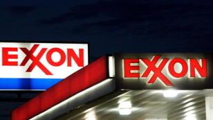 Exxon, le groupe pétrolier qui était dirigé par Rex Tillerson, le secrétaire d'État de Donald Trump, était opposé à la règle de transparence.