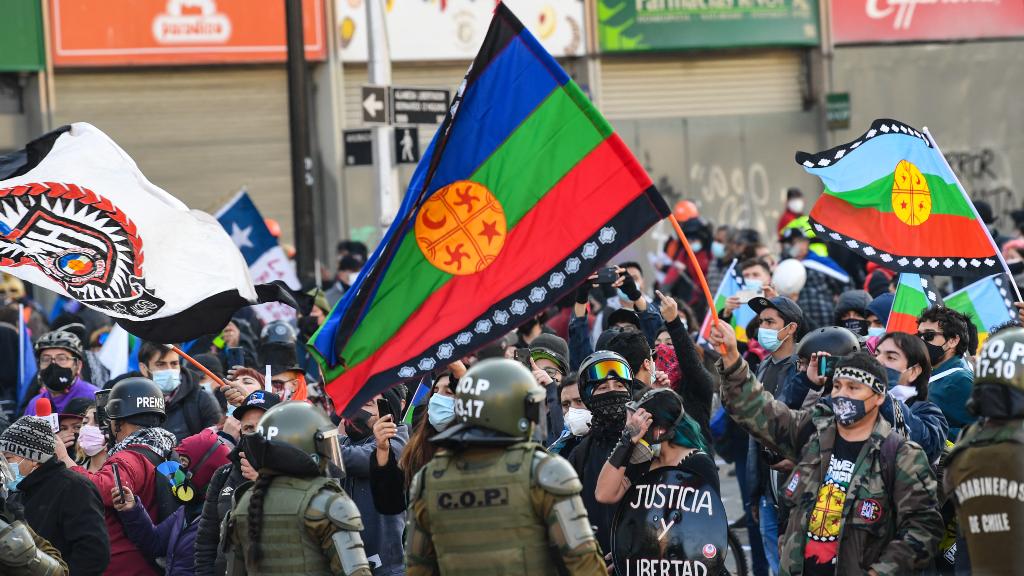 Mujer y mapuche: Elisa Loncón presidirá la escritura de la nueva Constitución de Chile