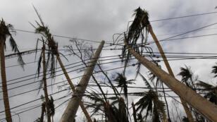 L'ouragan Maria a entièrement détruit le réseau électrique sur l'île de Porto Rico.