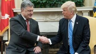 Petro Porochenko et Donald Trump à la Maison Blanche, mardi 20 juin 2017.