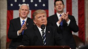 Malgré le ton plus mesuré, Donald Trump a multiplié les approximations factuelles
