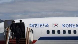 وفد كوري جنوبي في طريقه لزيارة الشمال، في 5 آذار/مارس 2018.