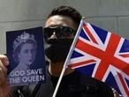 Hong Kong protesters sing 'God Save the Queen', call for UK support